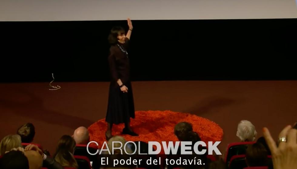 Video Carol DwecK. El poder del todavía